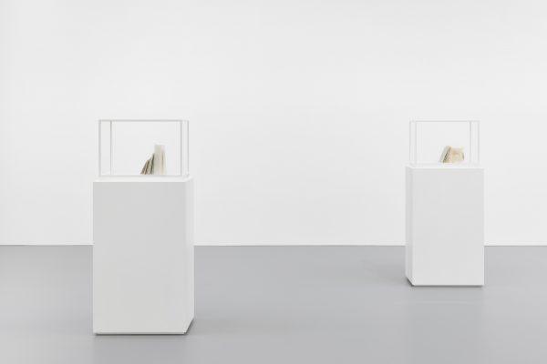 kleine prosa, I; kleine prosa, II (installation view)